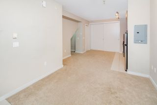 """Photo 11: 17 1863 WESBROOK Mall in Vancouver: University VW Townhouse for sale in """"ESSE"""" (Vancouver West)  : MLS®# R2341458"""