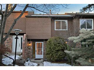 Photo 1: 20 287 SOUTHAMPTON Drive SW in CALGARY: Southwood Townhouse for sale (Calgary)  : MLS®# C3592559