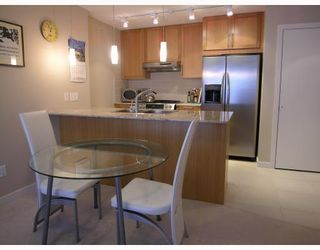 """Photo 4: 701 7088 SALISBURY Avenue in Burnaby: Highgate Condo for sale in """"THE WEST"""" (Burnaby South)  : MLS®# V753163"""