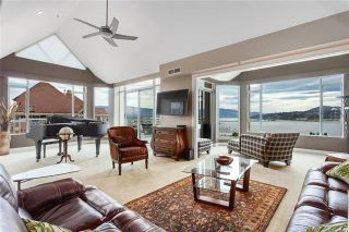 Photo 2: #1701 1152 SUNSET Drive, in KELOWNA: Condo for sale : MLS®# 10239037