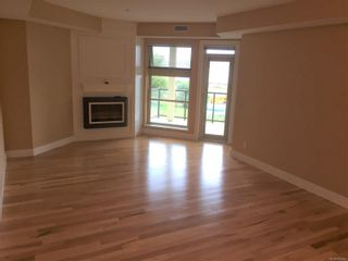 Photo 7: 204 1392 S Island Hwy in : CR Willow Point Condo for sale (Campbell River)  : MLS®# 869642