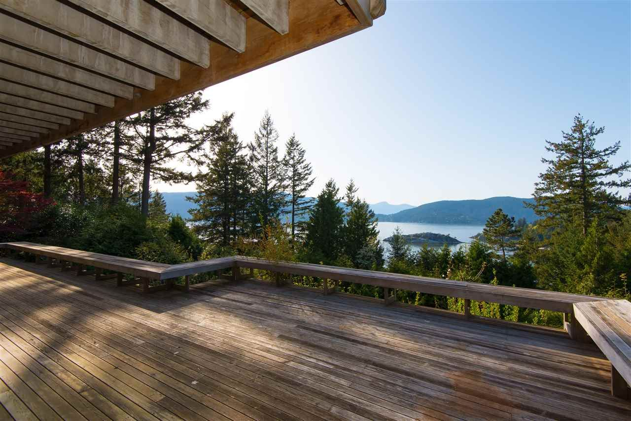 Photo 18: Photos: 6253 ST. GEORGES Crescent in West Vancouver: Gleneagles House for sale : MLS®# R2526812