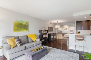"""Photo 2: 606 4194 MAYWOOD Street in Burnaby: Metrotown Condo for sale in """"Park Avenue Towers"""" (Burnaby South)  : MLS®# R2493615"""