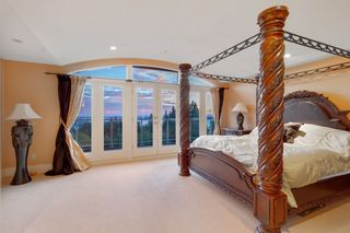 Photo 16: 1482 CHIPPENDALE Road in West Vancouver: Canterbury WV House for sale : MLS®# R2521711