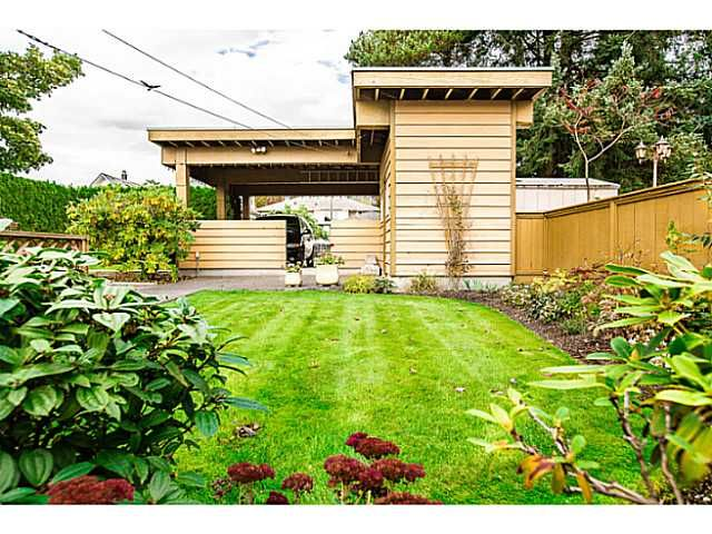 """Photo 17: Photos: 1063 SEVENTH Avenue in New Westminster: Moody Park House for sale in """"MOODY PARK"""" : MLS®# V1090839"""