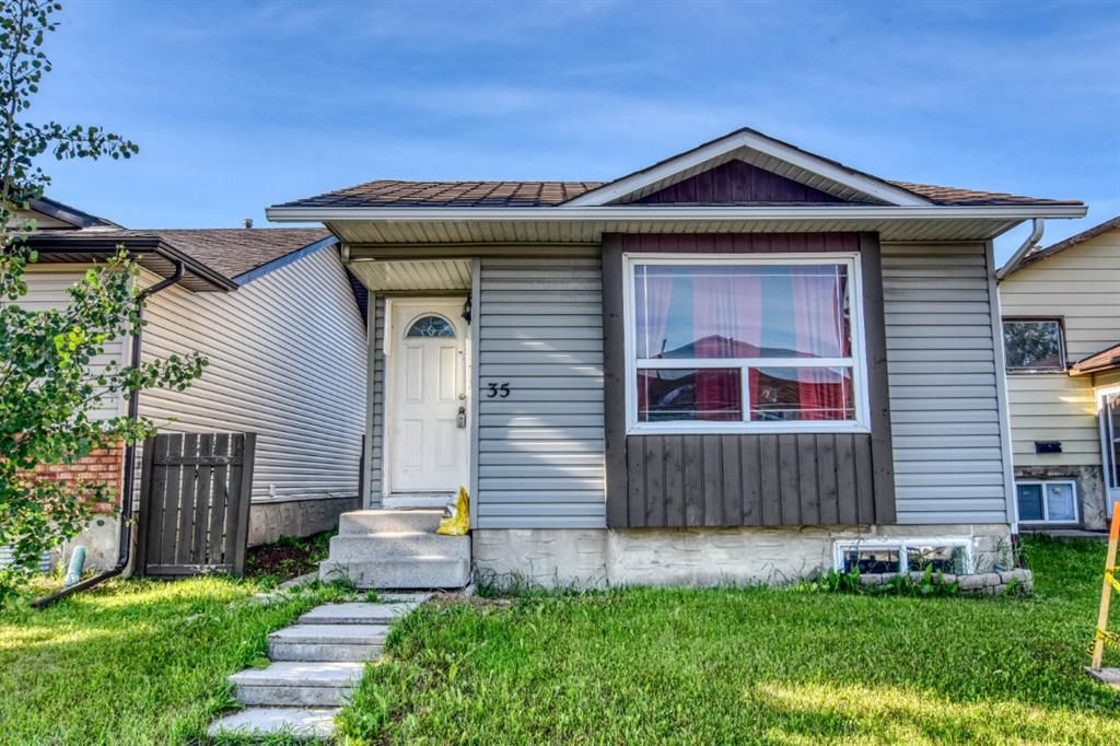 Main Photo: 35 Whitmire Road NE in Calgary: Whitehorn Detached for sale : MLS®# A1010209