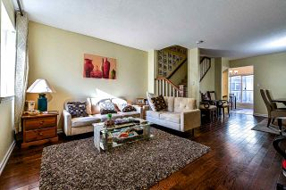 "Photo 3: 61 7831 GARDEN CITY Road in Richmond: Brighouse South Townhouse for sale in ""ROYAL GARDEN"" : MLS®# R2564089"