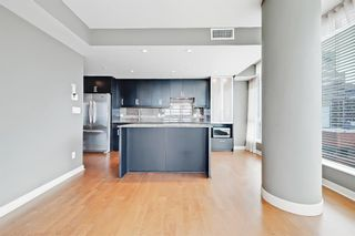Photo 3: 1709 888 4 Avenue SW in Calgary: Downtown Commercial Core Apartment for sale : MLS®# A1109615