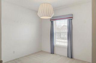 Photo 15: 15171 Prestwick Boulevard SE in Calgary: McKenzie Towne Detached for sale : MLS®# A1065271