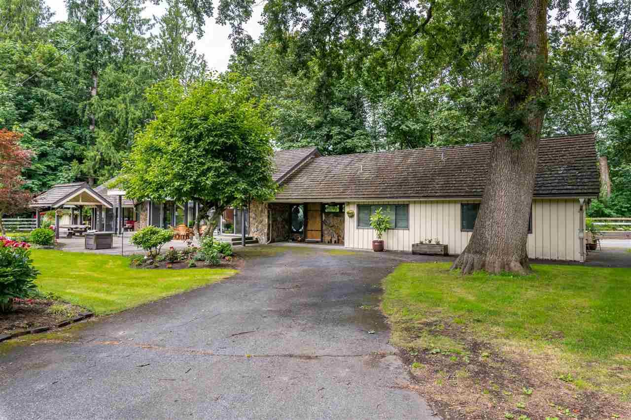 "Main Photo: 6330 240 Street in Langley: Salmon River House for sale in ""Salmon River"" : MLS®# R2472603"