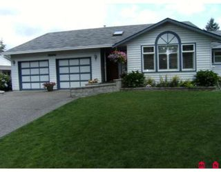 Photo 1: 6452 129A Street in Surrey: West Newton House for sale : MLS®# F2915690
