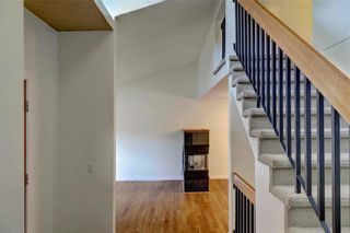 Photo 3: 43 STRATHEARN Crescent SW in Calgary: Strathcona Park Detached for sale : MLS®# C4183952