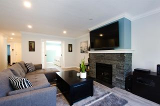 "Photo 5: 219 4889 53 Street in Delta: Hawthorne Condo for sale in ""GREEN GABLES"" (Ladner)  : MLS®# R2382321"