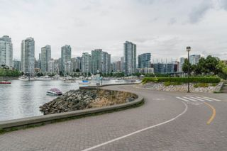 """Photo 19: 509 522 MOBERLY Road in Vancouver: False Creek Condo for sale in """"Discovery Quay"""" (Vancouver West)  : MLS®# R2615076"""