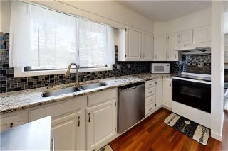Photo 7: 19 WOODMONT Drive SW in Calgary: Woodbine Detached for sale : MLS®# C4302863