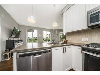 "Photo 6: 306 12409 HARRIS Road in Pitt Meadows: Mid Meadows Condo for sale in ""LIV42"" : MLS®# R2278572"
