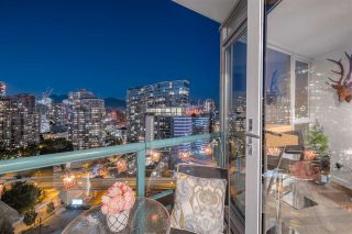 "Photo 22: 2601 1033 MARINASIDE Crescent in Vancouver: Yaletown Condo for sale in ""QUAYWEST"" (Vancouver West)  : MLS®# R2505008"