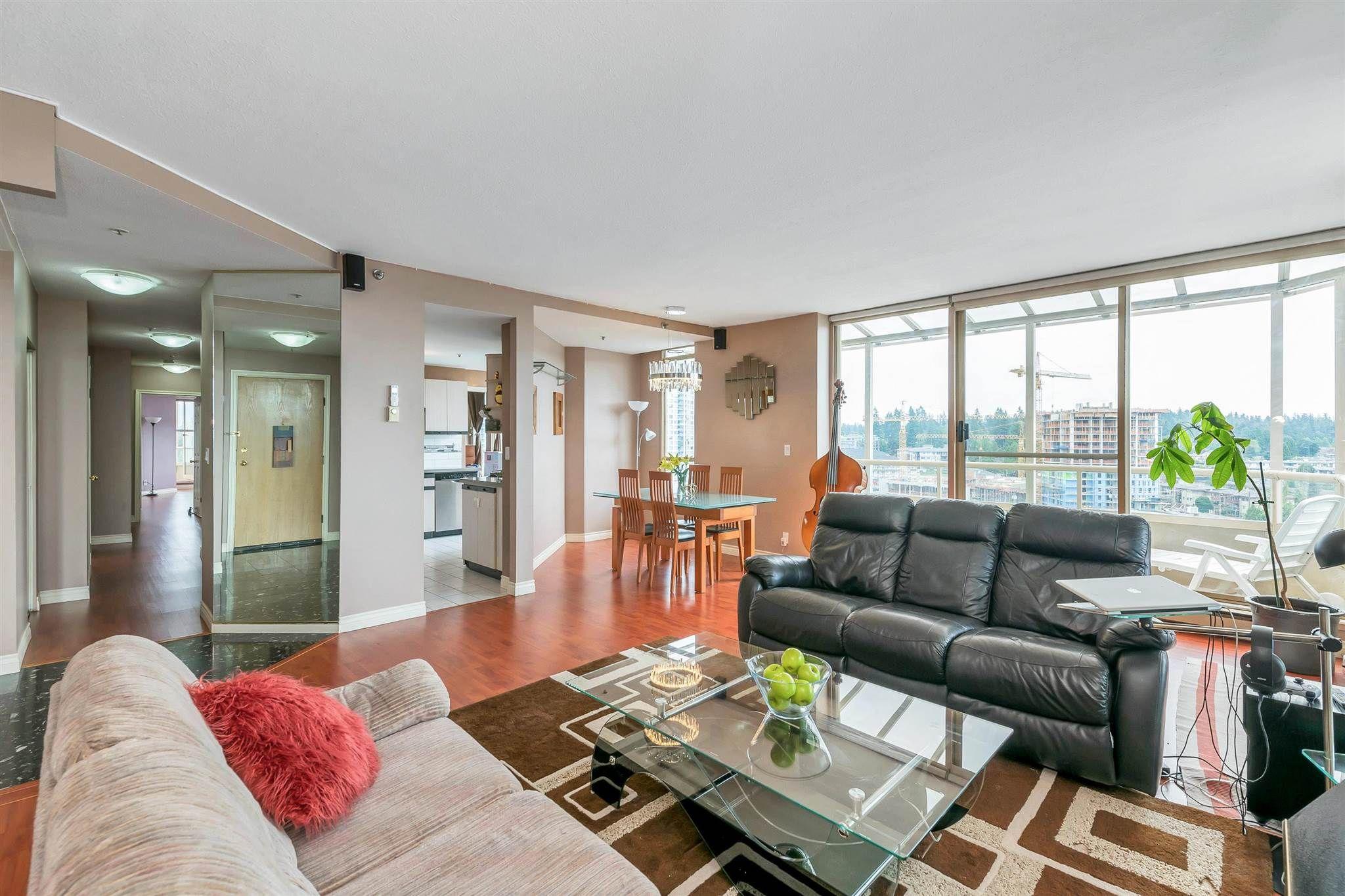 "Photo 3: Photos: 1401 728 FARROW Street in Coquitlam: Coquitlam West Condo for sale in ""THE VICTORIA"" : MLS®# R2615321"