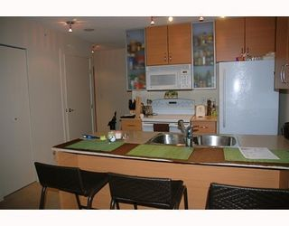 Photo 5: # 1201 909 MAINLAND ST in Vancouver: Condo for sale : MLS®# V772207