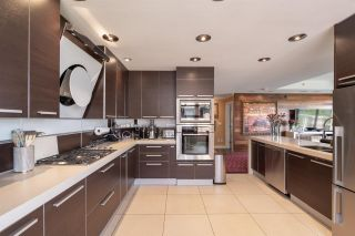 """Photo 10: 8561 SEASCAPE Lane in West Vancouver: Howe Sound Townhouse for sale in """"Seascapes"""" : MLS®# R2533787"""