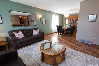 Photo 5: 127 Benesh Crescent in Saskatoon: Silverwood Heights Residential for sale : MLS®# SK778912