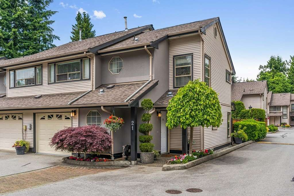 "Main Photo: 21 20841 DEWDNEY TRUNK Road in Maple Ridge: Northwest Maple Ridge Townhouse for sale in ""Kitchler Station"" : MLS®# R2462888"