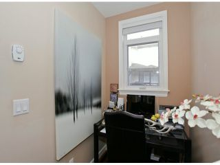 Photo 11: # 28 7168 179TH ST in Surrey: Cloverdale BC Condo for sale (Cloverdale)  : MLS®# F1430373