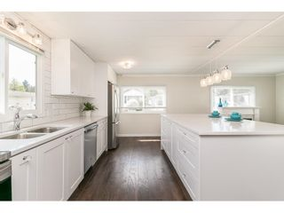 """Photo 20: 251 1840 160 Street in Surrey: King George Corridor Manufactured Home for sale in """"BREAKAWAY BAYS"""" (South Surrey White Rock)  : MLS®# R2574472"""