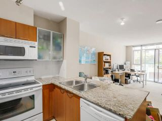 """Photo 6: 455 1432 KINGSWAY Street in Vancouver: Knight Condo for sale in """"KING EDWARD VILLAGE"""" (Vancouver East)  : MLS®# V1134476"""