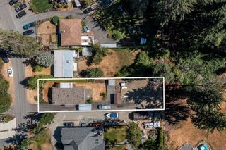 Photo 2: 1791 Astra Rd in : CV Comox Peninsula Manufactured Home for sale (Comox Valley)  : MLS®# 883266