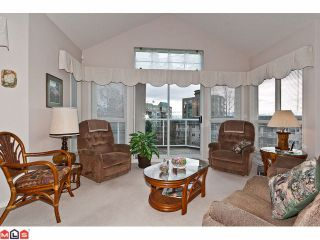 """Photo 6: # 402 1630 154TH ST in Surrey: King George Corridor Condo for sale in """"CARLTON COURT"""" (South Surrey White Rock)  : MLS®# F1202707"""