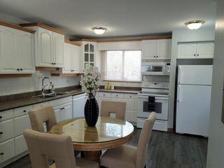 Photo 3: 143 Berkshire Bay in Winnipeg: Windsor Park Residential for sale (2G)  : MLS®# 202122825