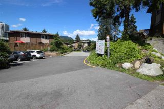 """Photo 12: 2 307 HIGHLAND Way in Port Moody: North Shore Pt Moody Townhouse for sale in """"Highland Park"""" : MLS®# R2590615"""