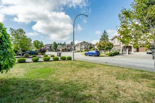 Photo 9: 6868 CLEVEDON Drive in Surrey: West Newton House for sale : MLS®# R2490841