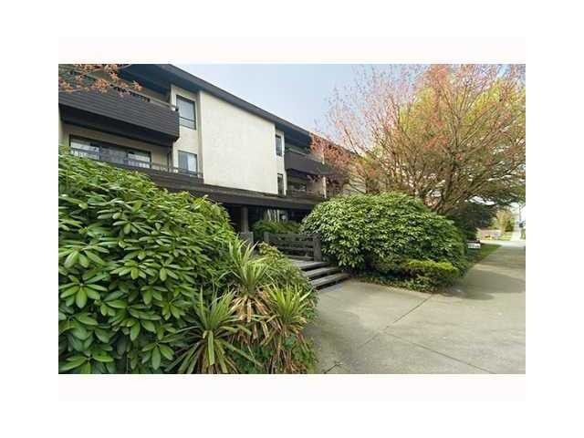 "Main Photo: 207 1420 E 8TH Avenue in Vancouver: Grandview VE Condo for sale in ""WILLOWBRIDGE"" (Vancouver East)  : MLS®# V996202"