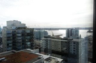 """Photo 14: 1307 151 W 2ND Street in North Vancouver: Lower Lonsdale Condo for sale in """"The Sky"""" : MLS®# R2439963"""