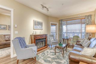 """Photo 3: 316 8157 207 Street in Langley: Willoughby Heights Condo for sale in """"YORKSON PARKSIDE 2"""" : MLS®# R2433194"""