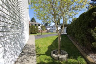 """Photo 16: 5340 199A Street in Langley: Langley City House for sale in """"Brydon Park"""" : MLS®# R2363120"""