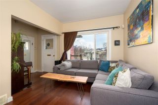 Photo 2: 266 E 26TH AVENUE in Vancouver: Main House for sale (Vancouver East)  : MLS®# R2358788