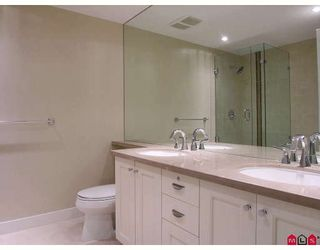 """Photo 6: 204 14824 N BLUFF Road in White_Rock: White Rock Condo for sale in """"BELAIRE"""" (South Surrey White Rock)  : MLS®# F2800783"""