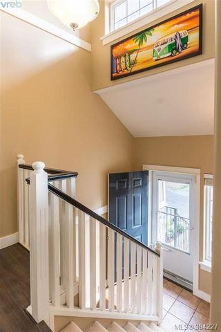Photo 3: 16 921 Colville Rd in VICTORIA: Es Esquimalt House for sale (Esquimalt)  : MLS®# 772282