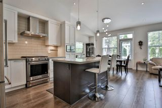 """Photo 11: 41 22057 49 Avenue in Langley: Murrayville Townhouse for sale in """"HERITAGE"""" : MLS®# R2493001"""