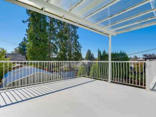 Photo 2: 247 W 23RD Street in North Vancouver: Central Lonsdale House for sale : MLS®# R2218663