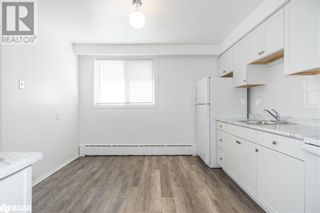 Photo 16: 74 SANFORD Street Unit# 6 in Barrie: Condo for lease : MLS®# 40155545