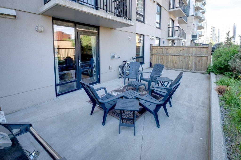 Main Photo: 202 11933 JASPER Avenue in Edmonton: Zone 12 Condo for sale : MLS®# E4248472
