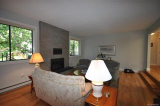 Photo 7: 900 Woodhall Dr in Saanich: SE High Quadra House for sale (Saanich East)  : MLS®# 840307