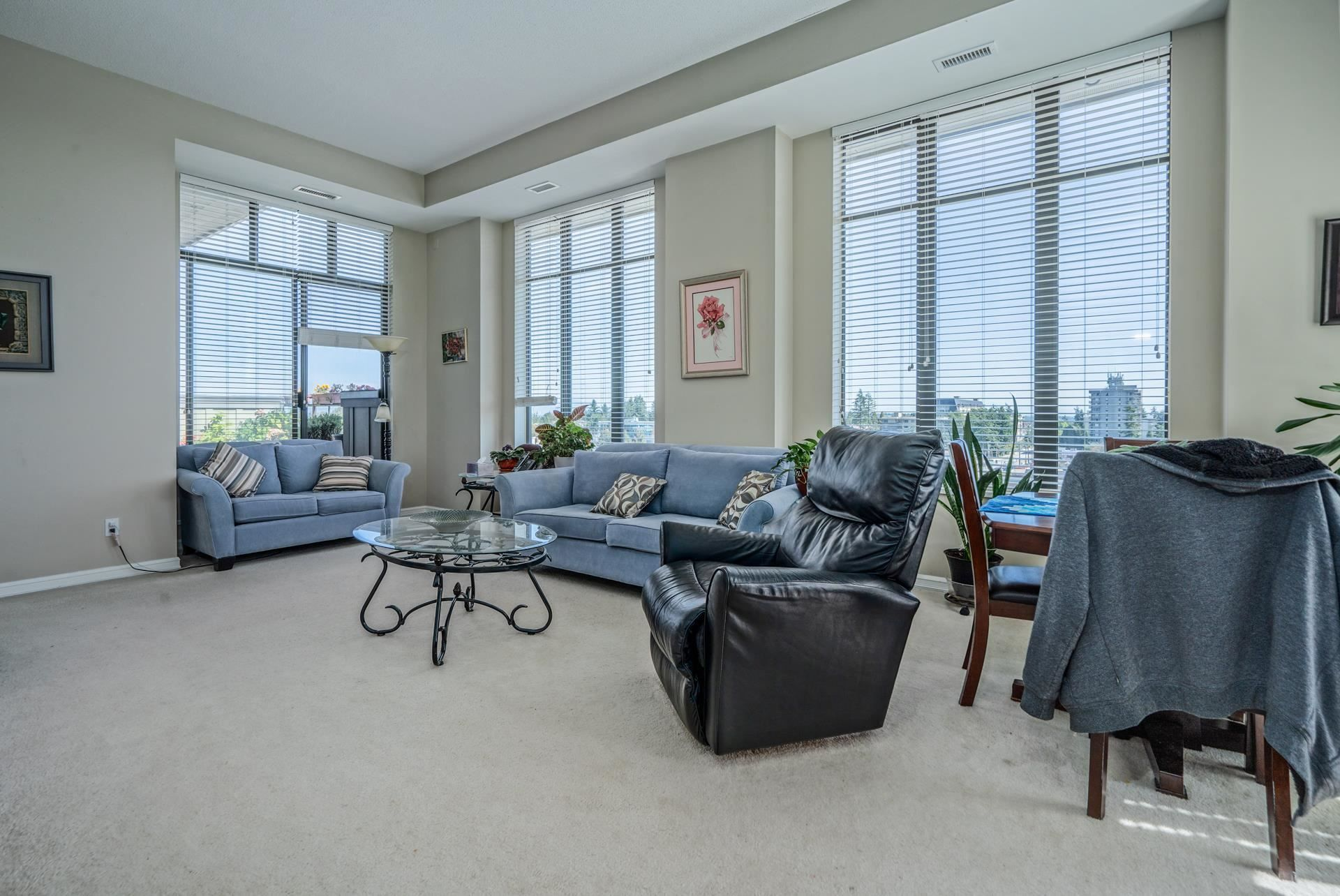 """Main Photo: 801 1581 FOSTER Street: White Rock Condo for sale in """"Sussex House"""" (South Surrey White Rock)  : MLS®# R2603726"""