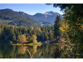"Photo 5: 2050 LAKE PLACID Road in Whistler: Whistler Creek Condo for sale in ""Lake Placid Lodge"" : MLS®# R2423994"