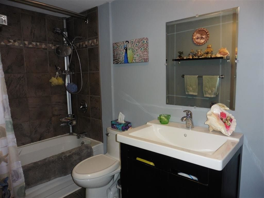"""Photo 11: Photos: 337 9101 HORNE Street in Burnaby: Government Road Condo for sale in """"WOODSTONE PLACE"""" (Burnaby North)  : MLS®# R2330471"""