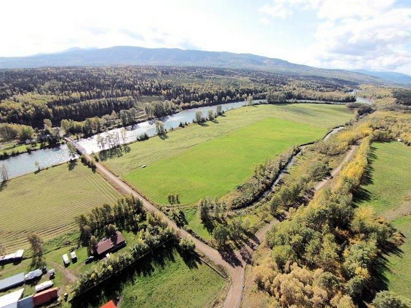 Main Photo: 15664 QUICK STATION Road in Smithers: Smithers - Rural House for sale (Smithers And Area (Zone 54))  : MLS®# N213110